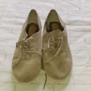 EASY SPIRIT SHOES GENTLY USE BY GUESS BOOTS FSZ 8